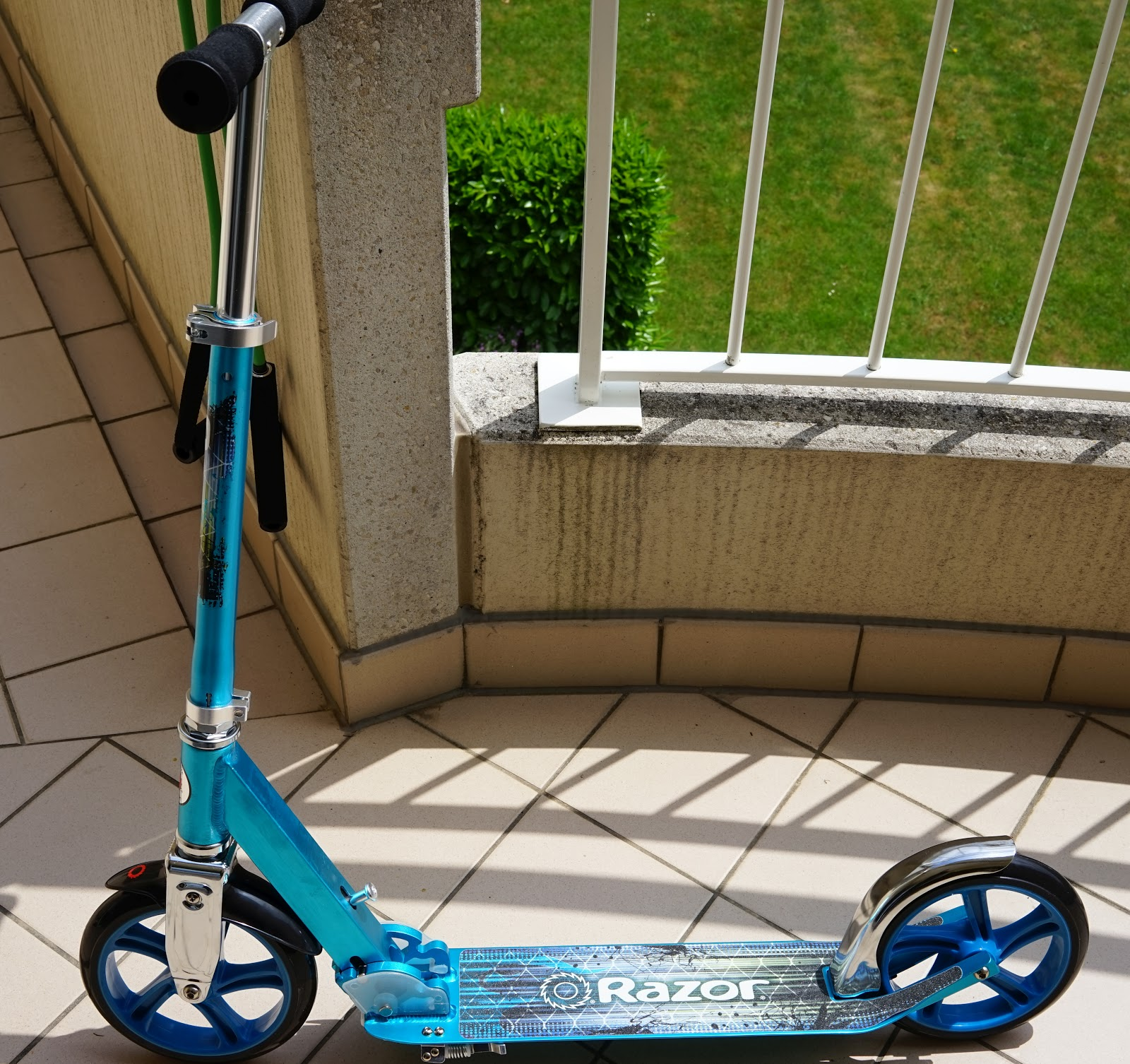04 full scooter